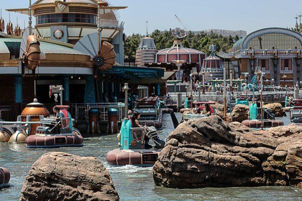 DisneyLand Sea